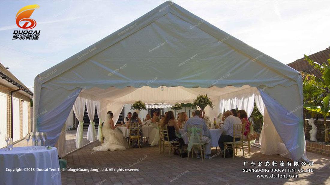 Family dinner tent