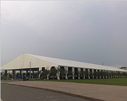 Big clear span tent with accessories